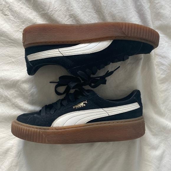 Puma Gum Sole Platform Tennis Shoes